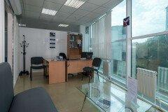 Офис автошколы на Баляева