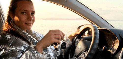 Можно ли учиться водить машину без инструктора?